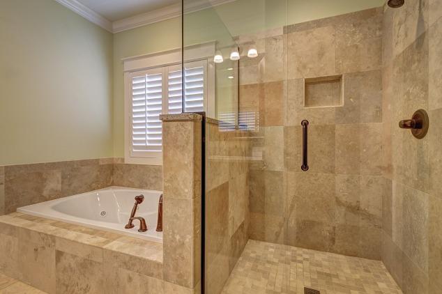 bathroom-389262_1280 (2)