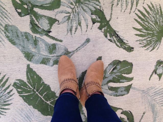 more feet2